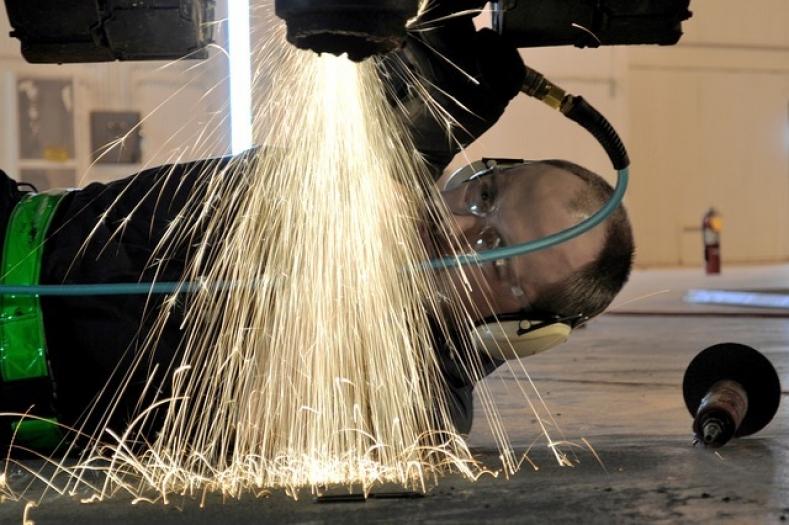 Karosserie- und Fahrzeugbaumechaniker: Handwerk mit Zukunft