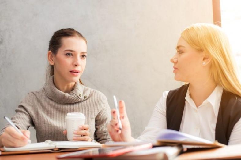 Fragetechniken: Gesprächsziel offensiv anstreben