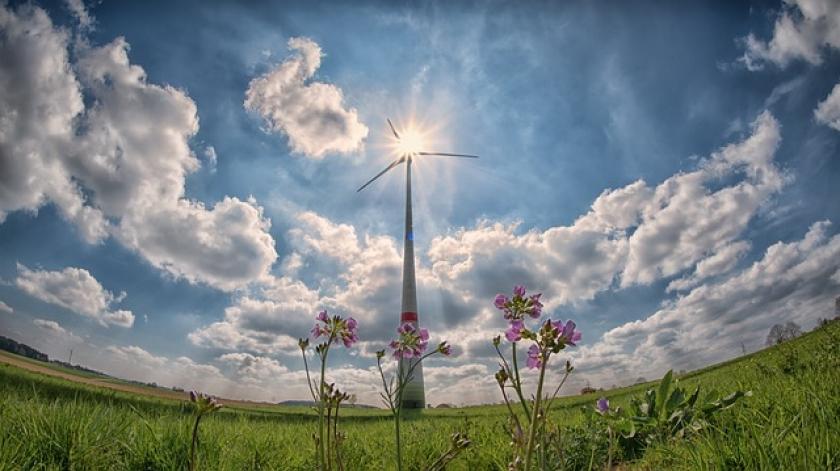 10 nachhaltige Berufe im Sektor der erneuerbaren Energien