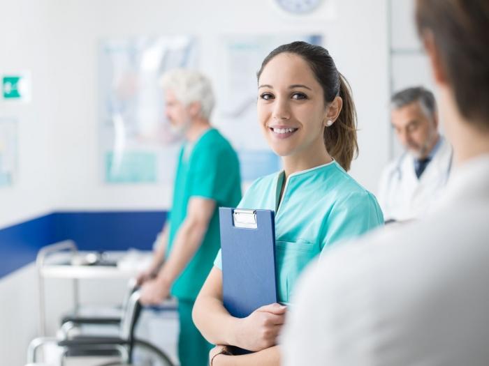 Krankenschwester: Berufsbild, Aufgaben, Voraussetzungen