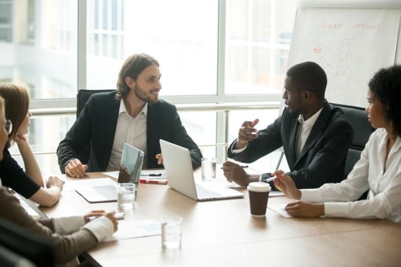Chief Technology Officer CTO: Berufsbild, Karrierechancen, Verdienst