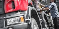 LKW Fahrer: Berufsbild, Ausbildung, Verdienst