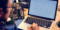 Elektroniker Geräte und Systeme: Berufsbild, Ausbildung, Karrierechancen