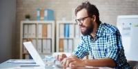 Community Manager: Berufsbild, Gehalt, Karrierechancen